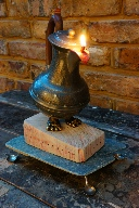 Lions feet oil lamp